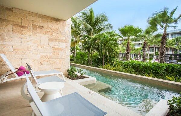 Allure Junior Suite Swim Out Tropical View