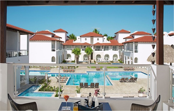 Preferred Club Deluxe Pool View/Tropical View