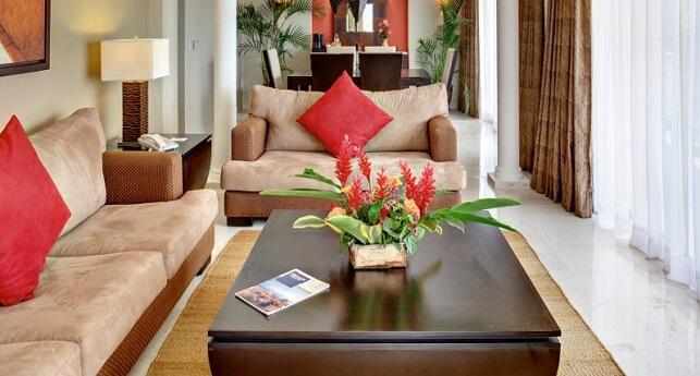 Grand Master Suite Ocean Front View Club Premium