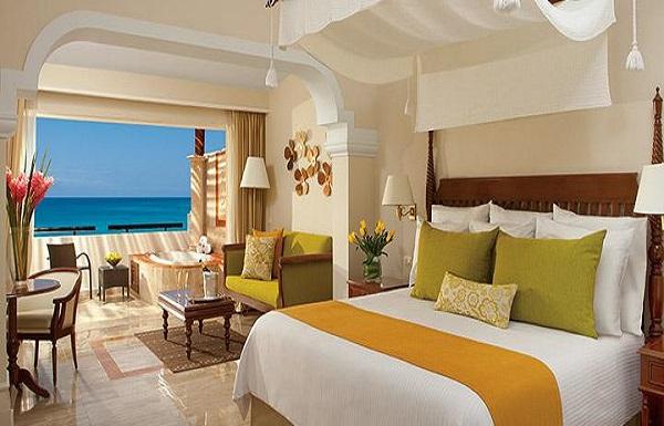 Preferred Club Junior Suite Ocean Front View