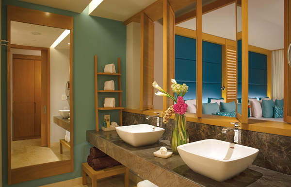 Preferred Club Junior Suite Ocean Front with Private Pool