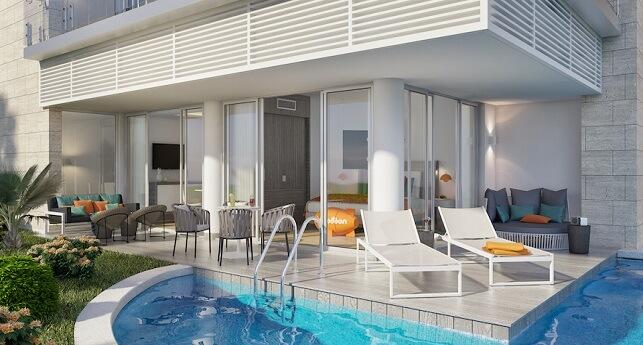 Swank Wraparound Swim-Up Suite