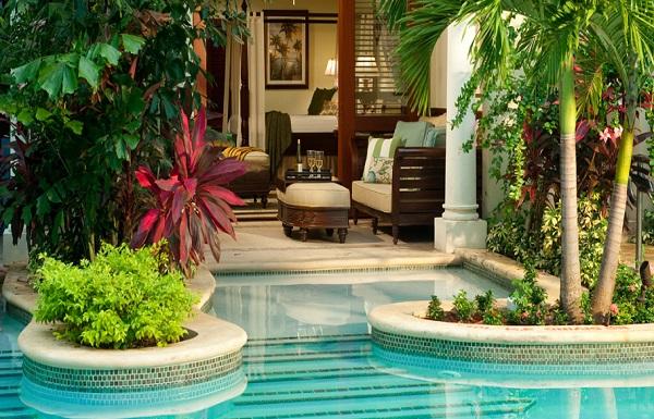 Swim Up Crystal Lagoon Honeymoon One Bedroom Butler Suite