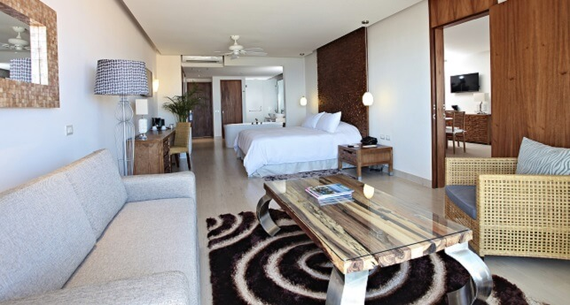 Finisterra One Bedroom Suite