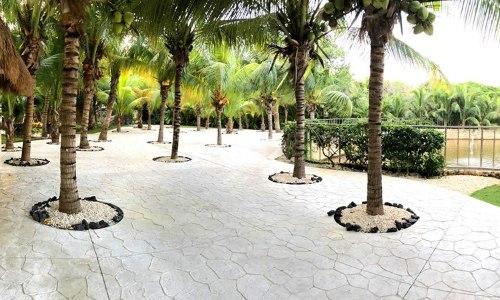 Spot Garden Terrace.