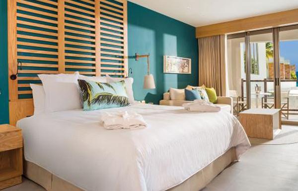 Preferred Club Junior Suite Partial Ocean view room