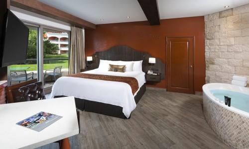 Hacienda-Deluxe-Gold-King-Bed